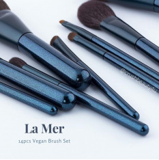 la-mer-14pcs-vegan-brush-set
